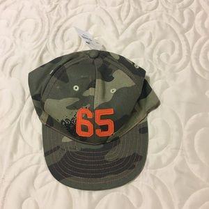 Old Navy camo hat w adjustable back
